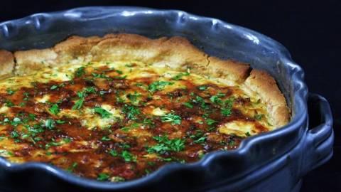Lökig paj med Gorgonzola