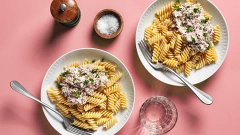 Krämig tonfiskröra och pasta