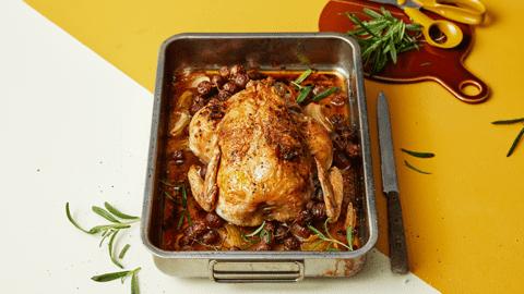 Helstekt kyckling med rostade vindruvor