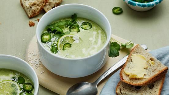 Grönärtssoppa med kokosmjölk och grön chili