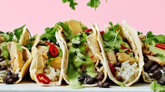 Tacos med kokosris och limekyckling