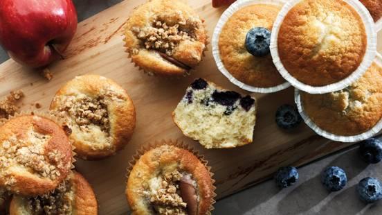 Blåbärs-/äppelmuffins
