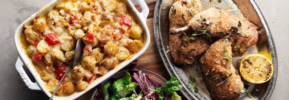 Kycklingklubba med cheddargratinerad potatis