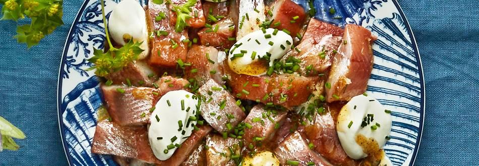 Matjessill med brynt smör och gräslök