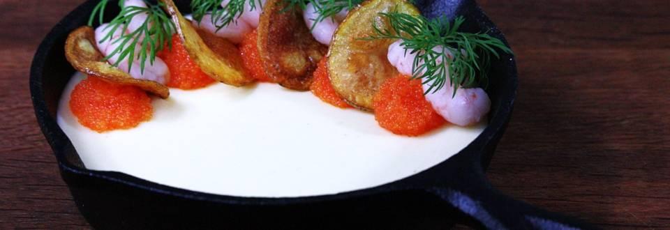Kall potatiskräm med chips
