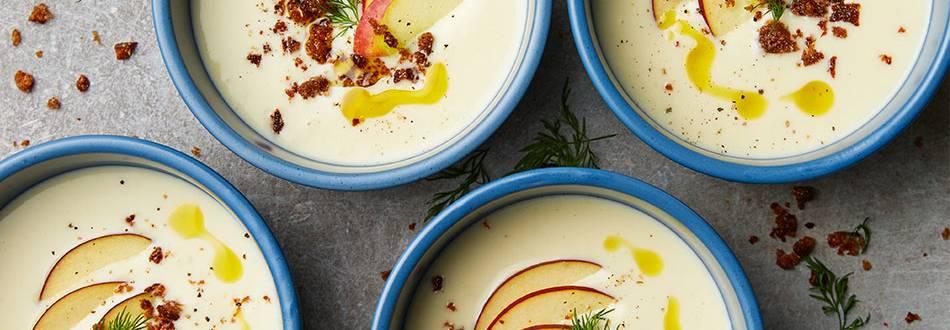 Jordärtskockssoppa med äpple, dill och brödcrumble